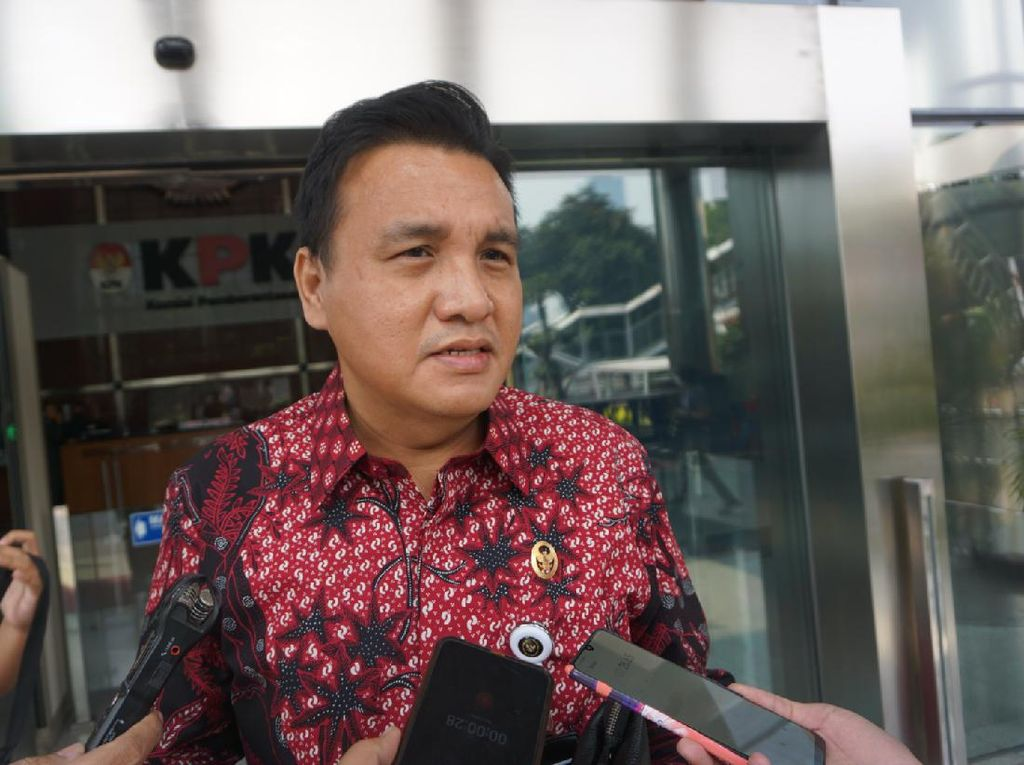 Ternyata Ketua Komjak Ditunjuk Jadi Komisaris Danareksa