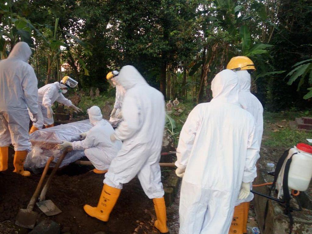 Video Pengambilan Paksa Jenazah Probable COVID-19 di Pasuruan
