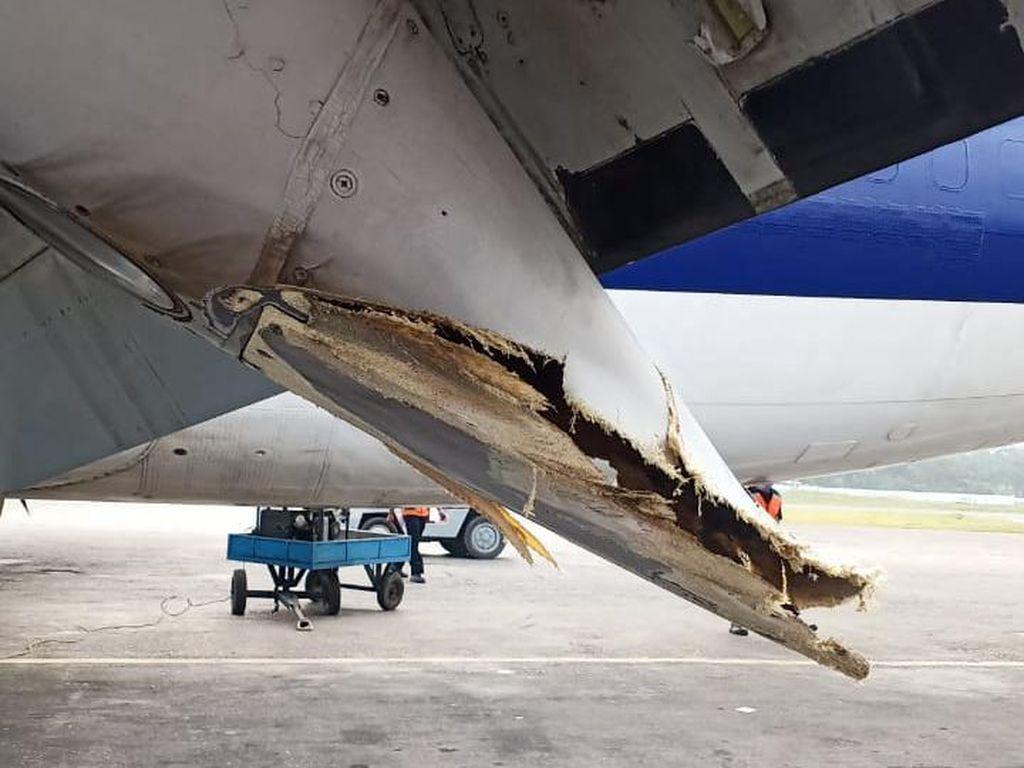 Video Detik-detik Pesawat Miring Saat Landing di Bandara Wamena
