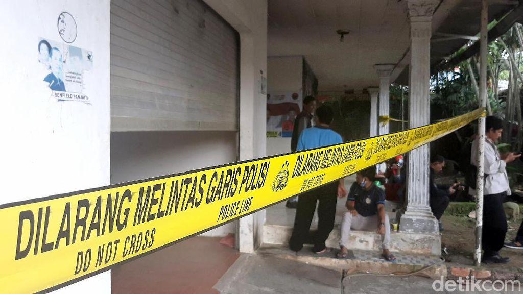 Rumah Pengurus DPC PDIP Digaris Polisi Usai Dibom Molotov
