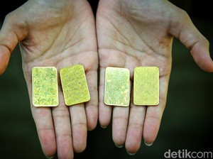 Harga Emas Turun Terus, Ternyata Ini Biang Keroknya!