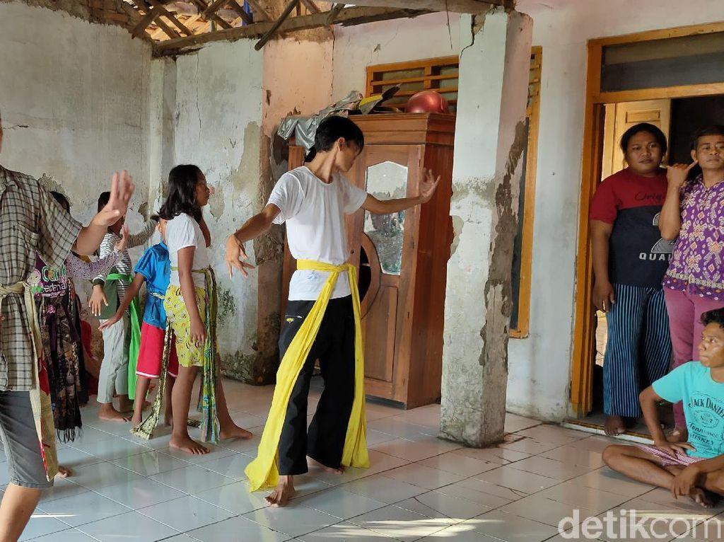 25 Tahun Mati Suri, Wayang Wong Cirebon Bangkit di Tengah Pandemi