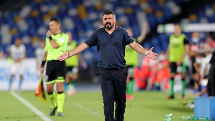 NAPLES, ITALY - JULY 25: Gennaro Gattuso SSC Napoli coach gestures during the Serie A match between SSC Napoli and  US Sassuolo at Stadio San Paolo on July 25, 2020 in Naples, Italy. (Photo by Francesco Pecoraro/Getty Images)
