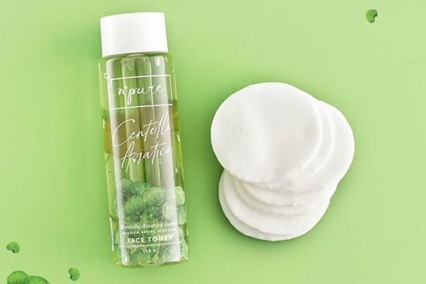 salah satu rekomendari skincare yang bagus untuk atasi jerawat adalah N'Pure Centella Asiatica Face Toner