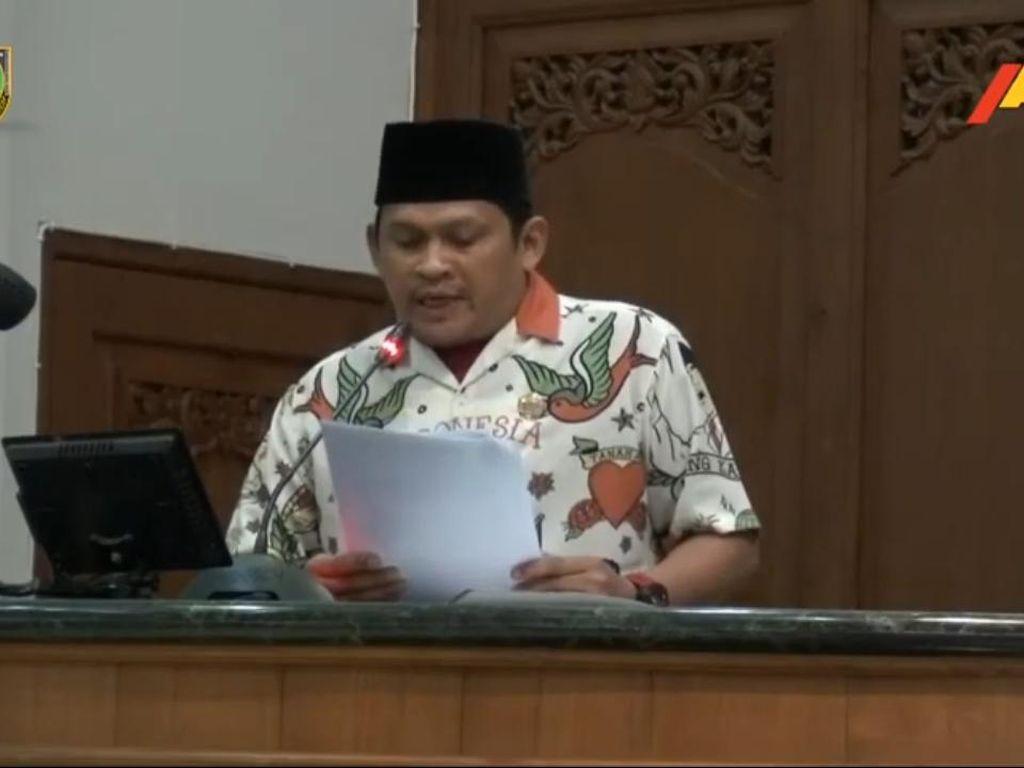 Dicopotnya Sekretaris Fraksi PKS Solo Gegara Baju Gibran