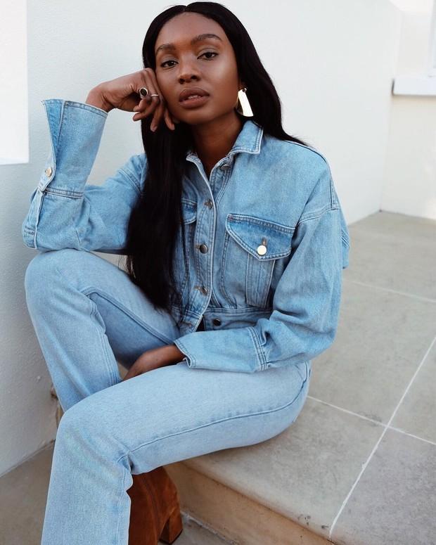 Natasha Ndlovu merupakan gambaran model berkulit hitam yang berhasil pada pencapaian tinggi. Ia juga menjalani aktivitas sebagai fashion blogger.
