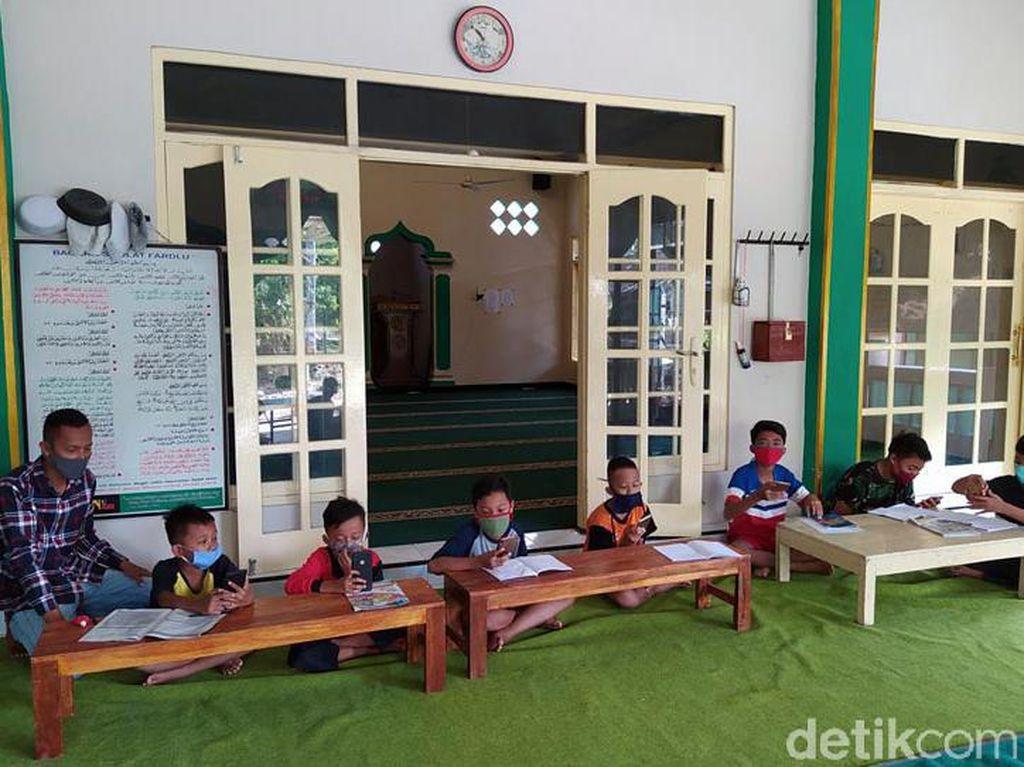 Ini Masjid di Magelang yang Sediakan WiFi Gratis untuk Belajar Online