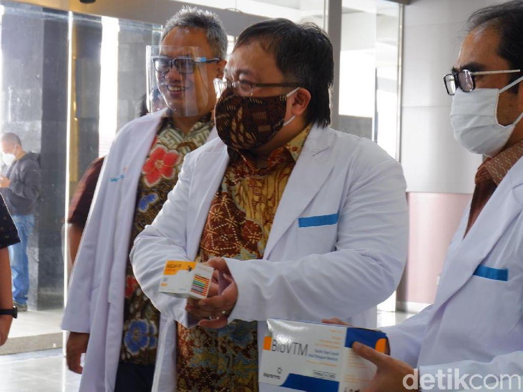 Vaksin Corona Sinovac dari China Halal? Ini Jawab Menristek RI