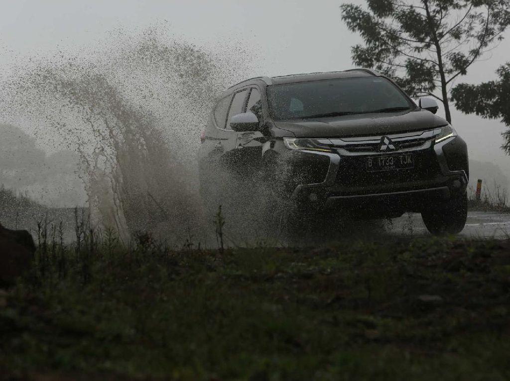 Intip Garasi Prof Muradi, Hartanya Rp 8,1 Miliar yang Jadi Penggemar SUV