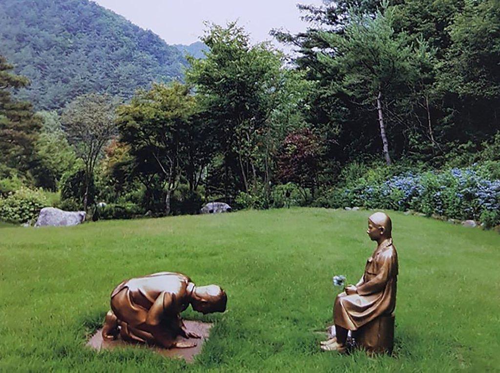 Patung Wanita Penghibur Membuat Hubungan Jepang-Korea Memanas