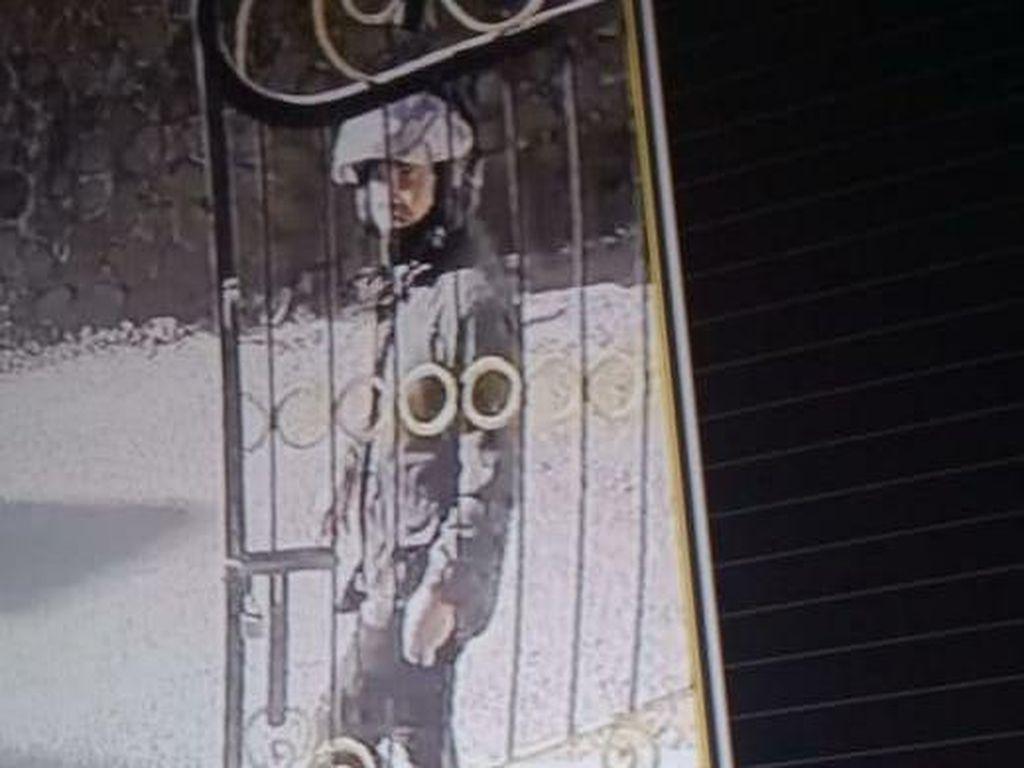 Polisi Buru Pencuri Motor yang Terekam CCTV di Lembang