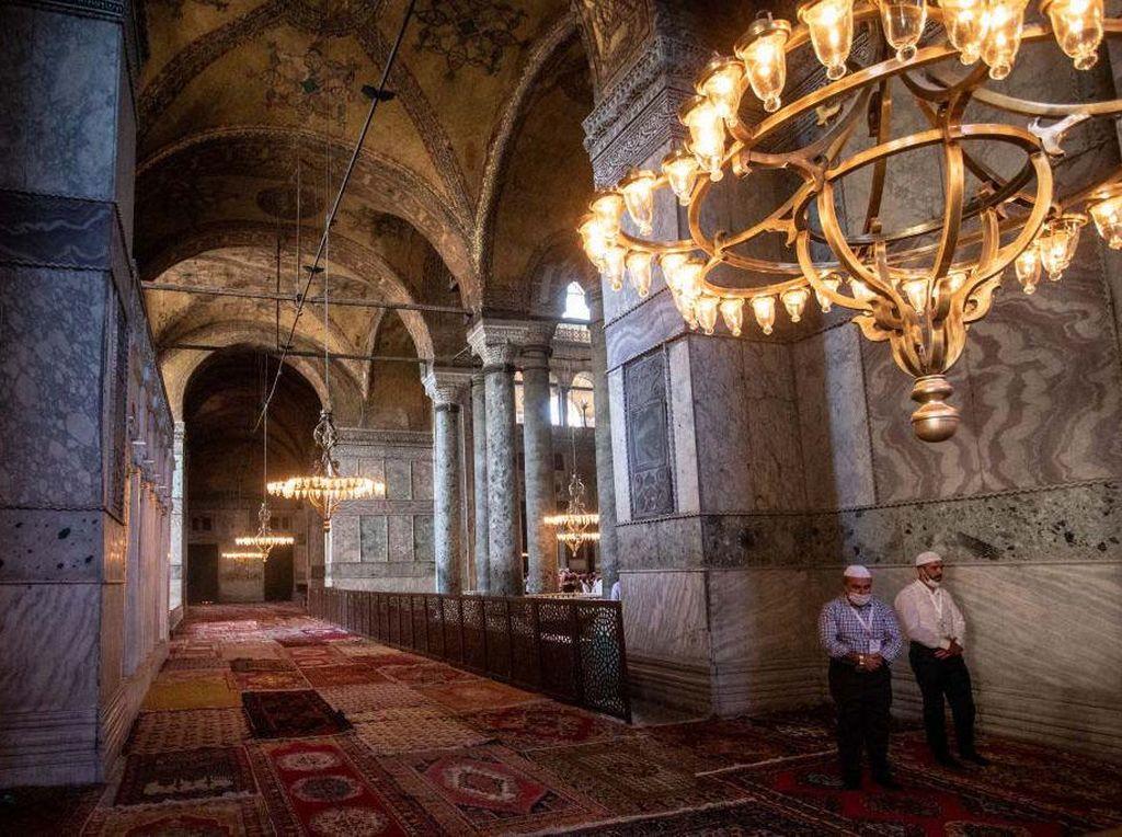 Terpopuler Sepekan: Jemaah Tertular Corona Saat Salat di Hagia Sophia