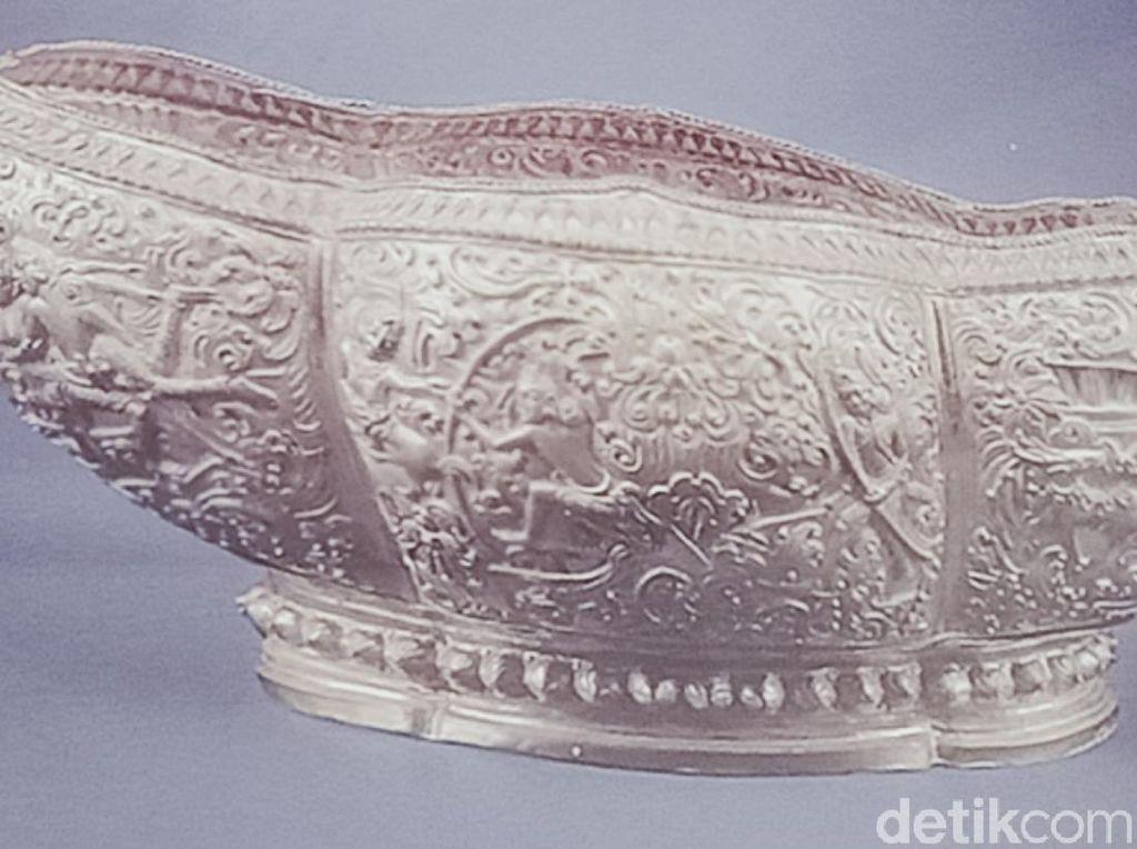 Ada Relief Ramayana Pada Mangkuk Emas yang Ditemukan di Klaten