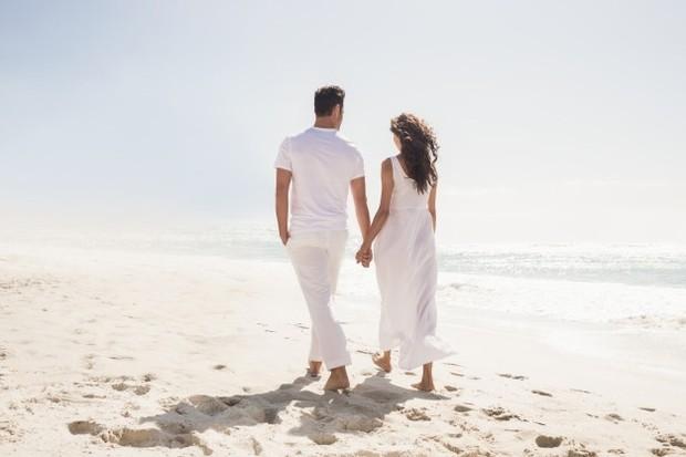 Hargai keberadaan pasanganmu dan berikan prioritas untuk waktu bersama setiap harinya.