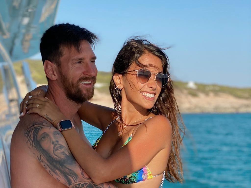Intip Liburannya Keluarga Lionel Messi