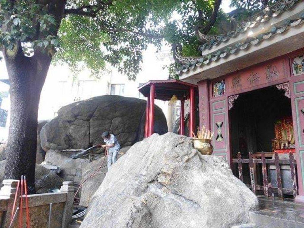 Melihat Kuil Tertua di Semenanjung Macau