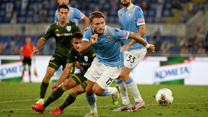 ROME, ITALY - JULY 29: Ciro Immobile of SS Lazio in action during the Serie A match between SS Lazio and  Brescia Calcio at Stadio Olimpico on July 29, 2020 in Rome, Italy. (Photo by Marco Rosi - SS Lazio/Getty Images)