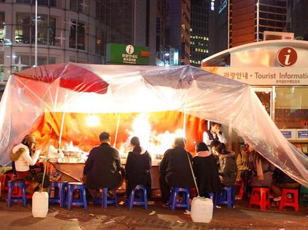 Mengenal Pojangmacha, Warung Tenda Korea yang Kerap Muncul di Drakor