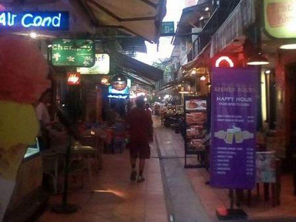 Foto: Pub Street, Sisi Lain Wisata Malam di Kamboja