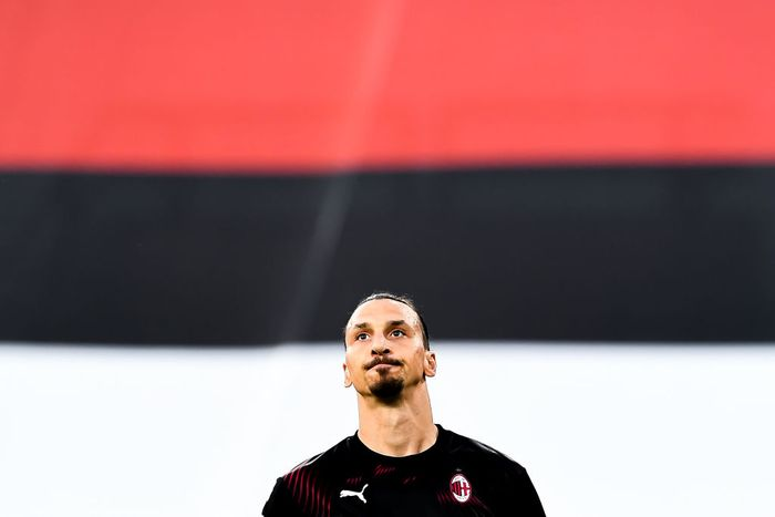 GENOA, ITALY - JULY 29: Zlatan Ibrahimovic of Milan during the Serie A match between UC Sampdoria and AC Milan at Stadio Luigi Ferraris on July 29, 2020 in Genoa, Italy. (Photo by Paolo Rattini/Getty Images)