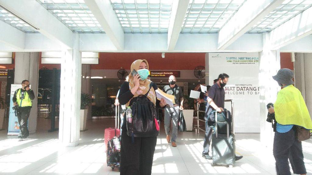 Bali Buka Pariwisata, Bandara I Gusti Ngurah Rai Ramai