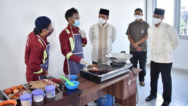 Rayakan Idul Adha, Kepala BNPT Lihat Aksi Napi Terorisme Masak Daging Kurban