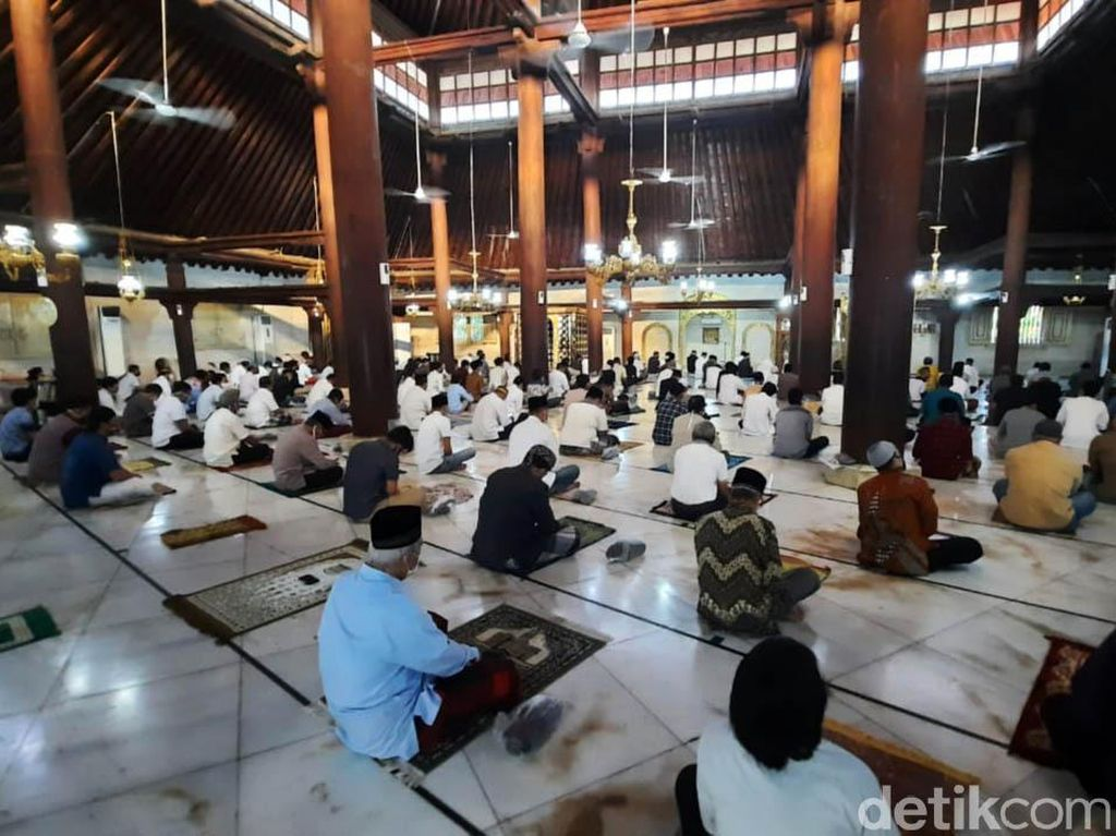 Suasana Salat Idul Adha di Masjid Gedhe Kauman Yogya