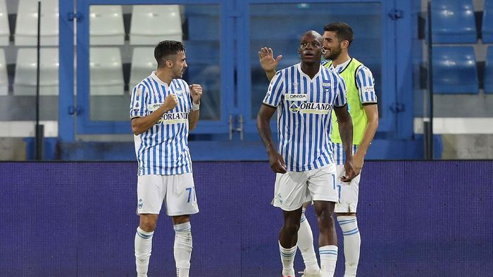 FERRARA, ITALY - JULY 26: Marco DAlessandro (L) of Spal celebrates after scoring a goal during the Serie A match between SPAL and  Torino FC at Stadio Paolo Mazza on July 26, 2020 in Ferrara, Italy.  (Photo by Gabriele Maltinti/Getty Images)