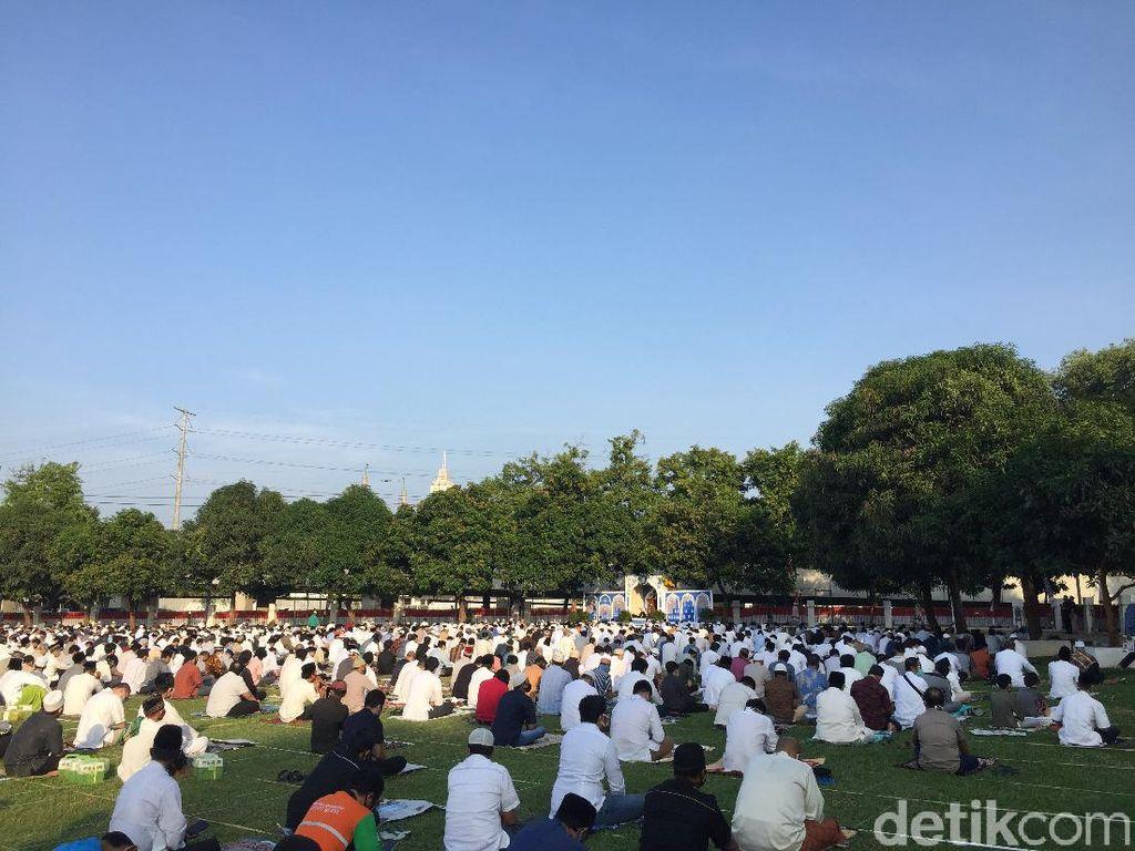 Ada Protokol Kesehatan Ketat di Masjid Al-Azhar, Warga Merasa Aman Salat Id