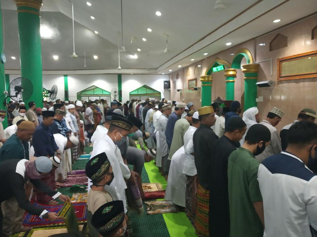 Gelar Salat Idul Adha, Begini Suasana Masjid di Timika Papua