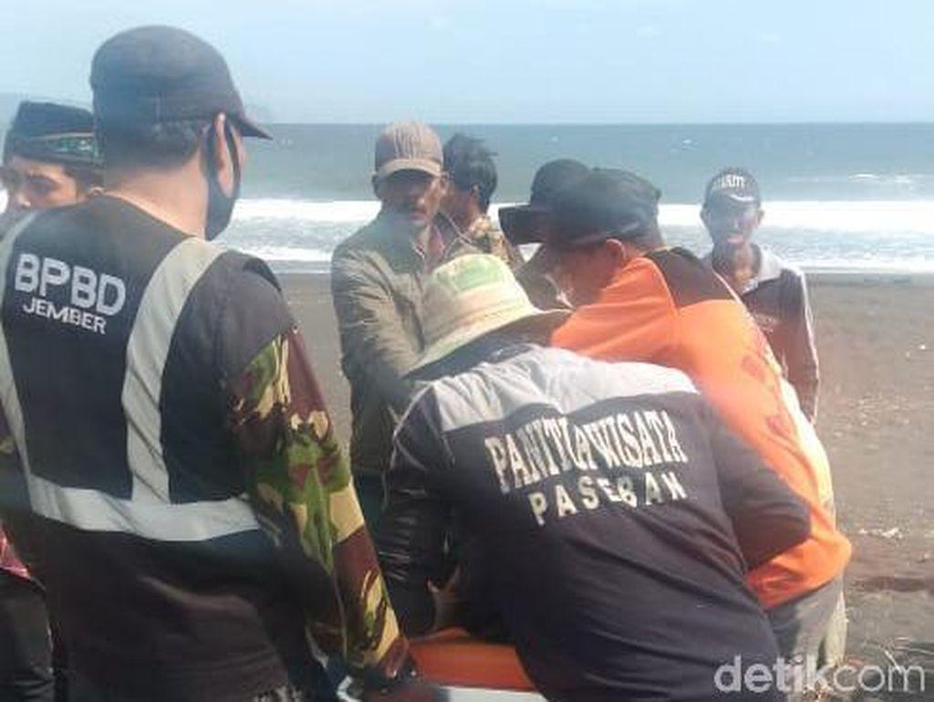 Dua Warga Karawang Tewas Tergulung Ombak Pantai Paseban Jember