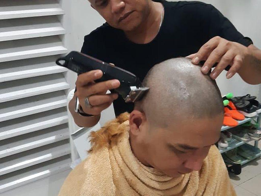 Ditegur Gegara Rambut Pirang, Pasha Minta Maaf: Mendagri Tito Guru Kami