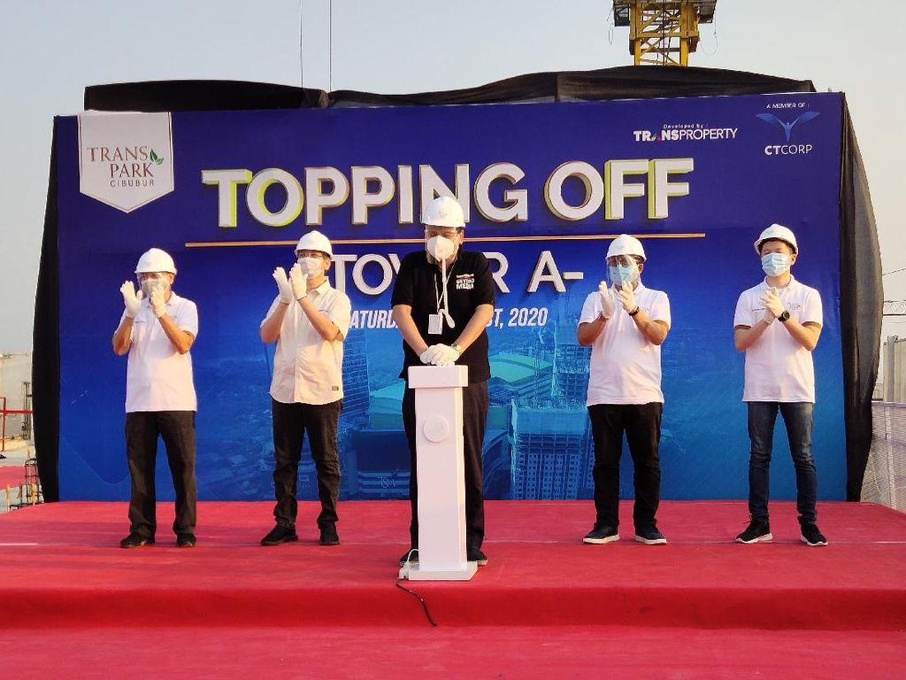 Chairul Tanjung Resmikan Topping Off Perdana Tower A Transpark Cibubur