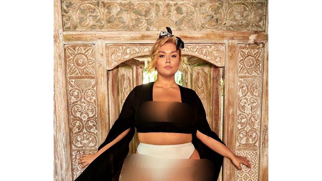 Inilah Model Bertubuh Paling Sintal di Majalah Baju Renang