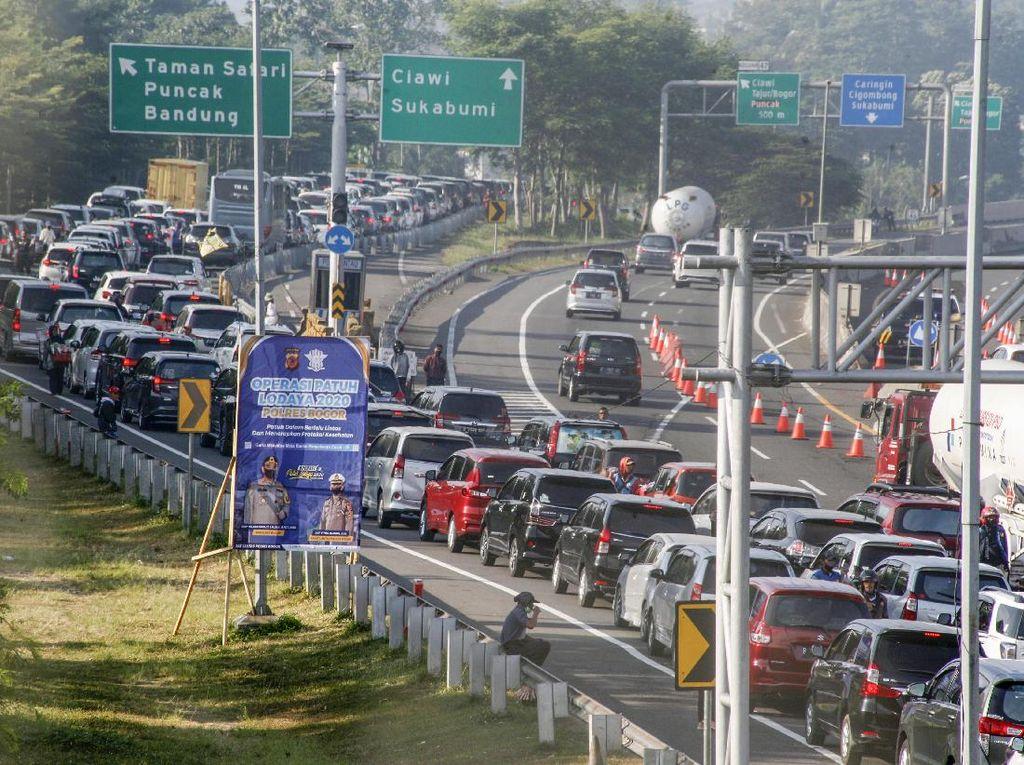 Pemkab Bogor Berencana Bangun Kereta Gantung untuk Redam Macet di Puncak