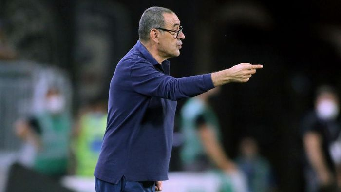 CAGLIARI, ITALY - JULY 29:  Maurizio Sarri coach of Juventus reacts  during the Serie A match between Cagliari Calcio and  Juventus at Sardegna Arena on July 29, 2020 in Cagliari, Italy.  (Photo by Enrico Locci/Getty Images)