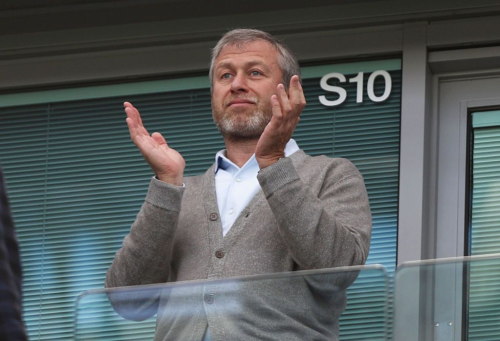 LONDON, ENGLAND - MAY 15:  Chelsea owner Roman Abramovich is seen prior to the Barclays Premier League match between Chelsea and Leicester City at Stamford Bridge on May 15, 2016 in London, England.  (Photo by Paul Gilham/Getty Images)