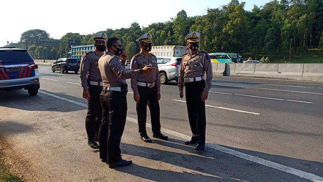 Puncak Arus Balik Idul Adha, Polisi Siapkan Contra Flow di Tol Cikampek