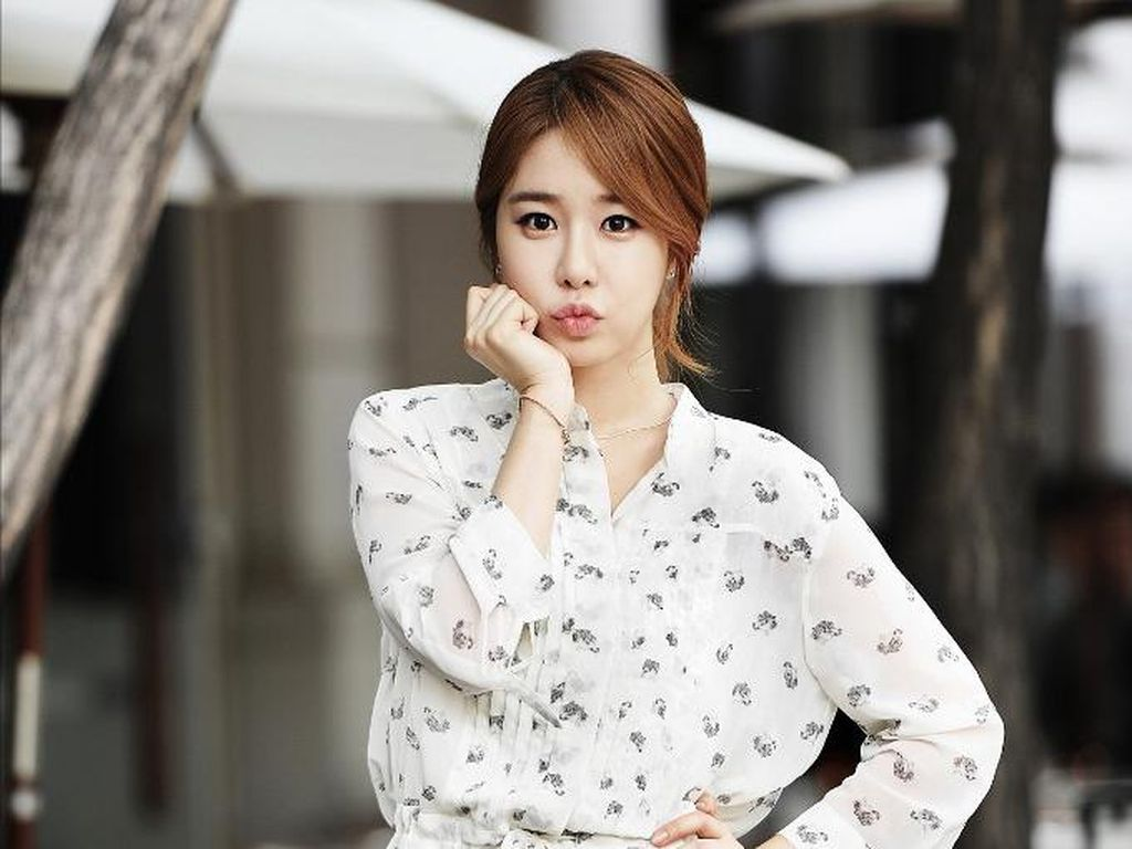 10 Pesona Kecantikan Yoo In Na, Aktris Drakor yang Foto Jadulnya Bikin Kaget