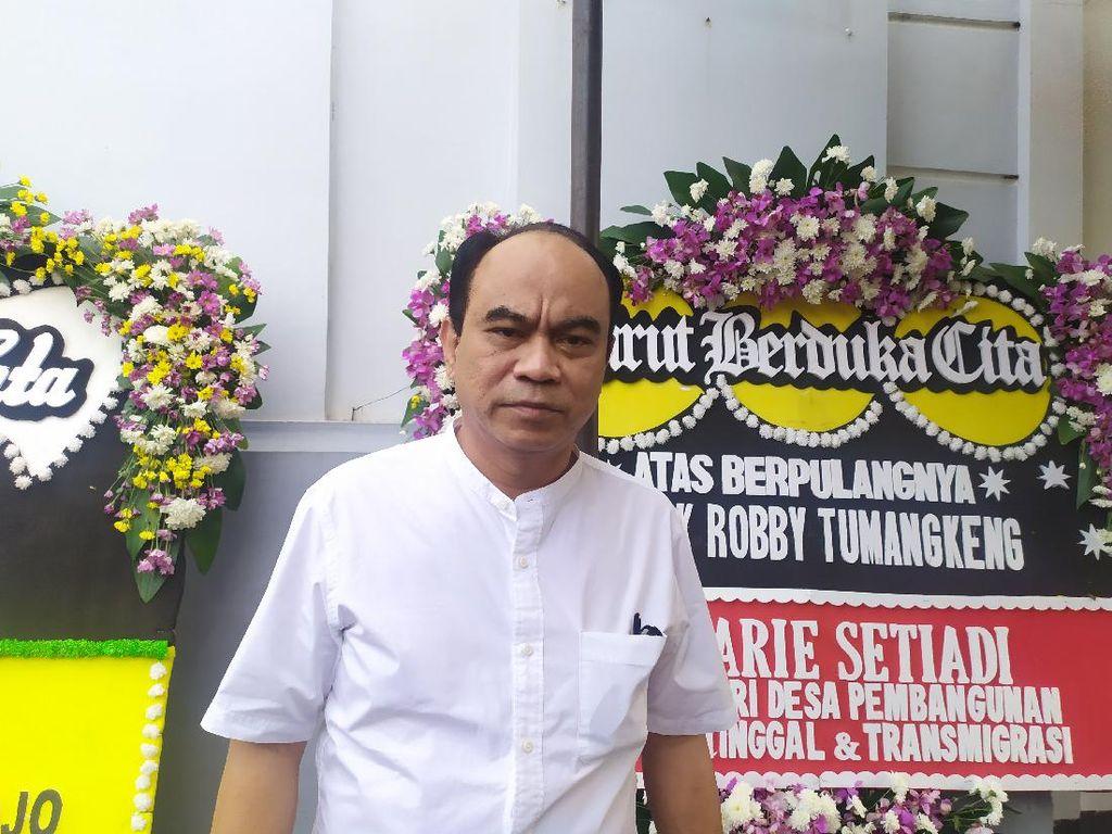 Sopir Ambulans Korban Kecelakaan di Jakbar Anggota Projo, Budi Arie Melayat