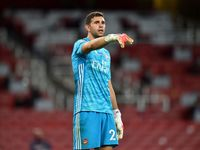 Perpisahan Emiliano Martinez Usai Karier Roller Coaster di Arsenal
