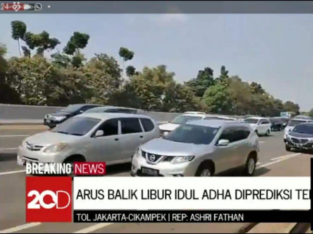 Arus Balik Idul Adha, Tol Cikampek-Jakarta Macet di 2 Titik Malam Ini