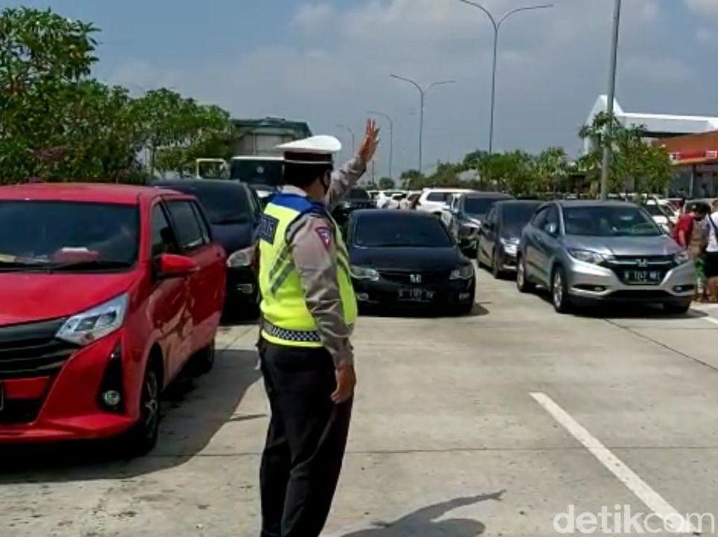 Dipadati Arus Balik, 2 Rest Area Tol Brebes-Pejagan Berlakukan Buka Tutup
