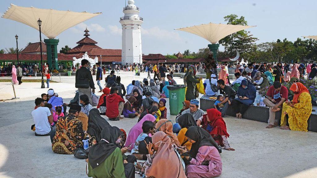Tempat Wisata di Banten Diserbu Warga Saat Libur Idul Adha