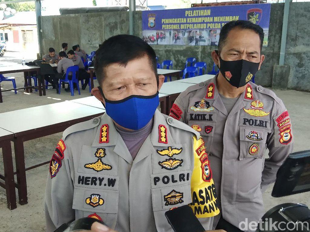 Warga Makassar Perobek Amplop Penambang Pasir Diperiksa karena Robek Uang