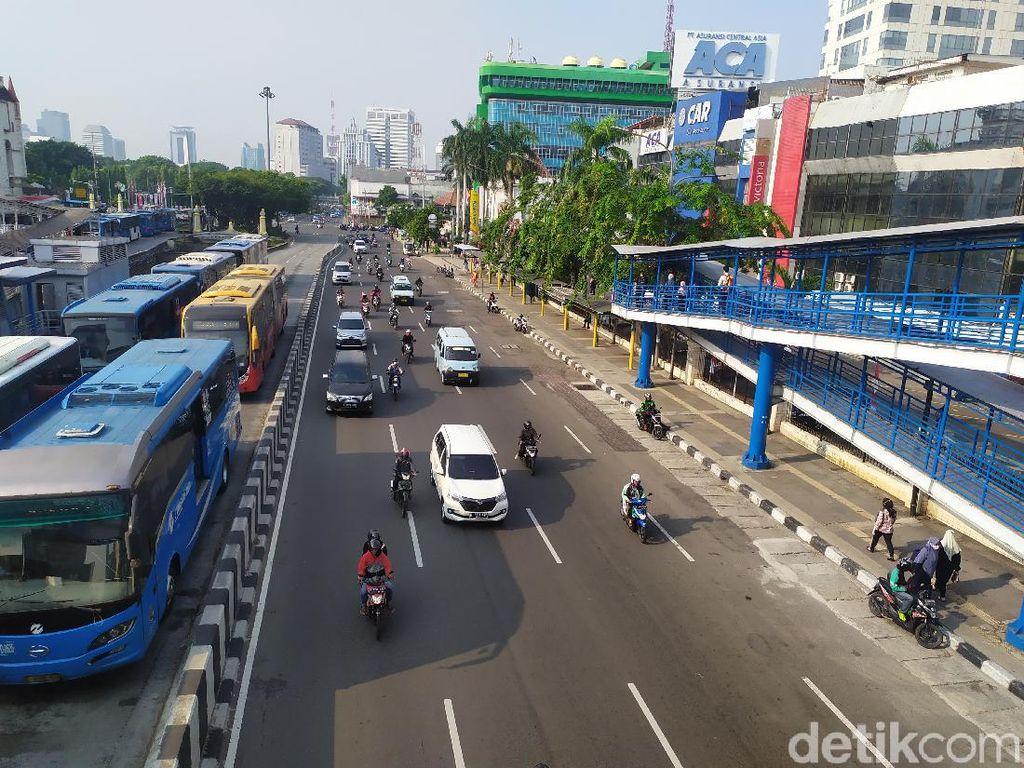 Ombudsman Kritik Ganjil Genap DKI: Bisa Jadi Klaster Transportasi Publik