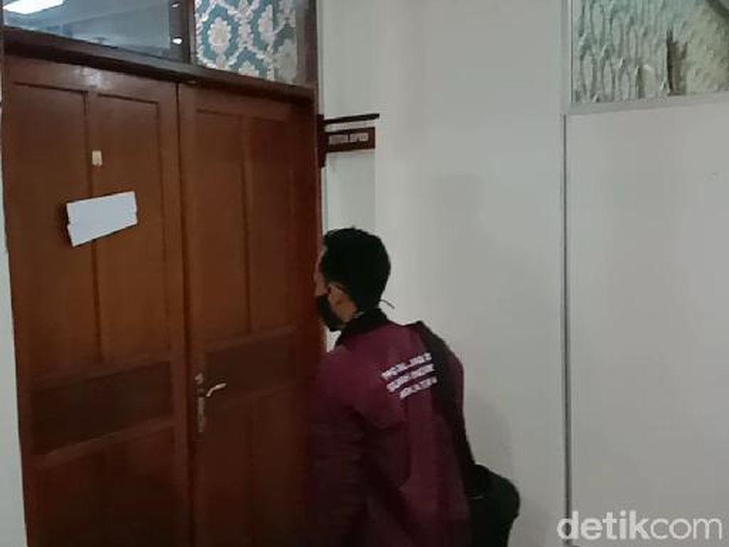 Ketua DPRD Jepara Meninggal Positif COVID-19, Ruangannya Disterilkan