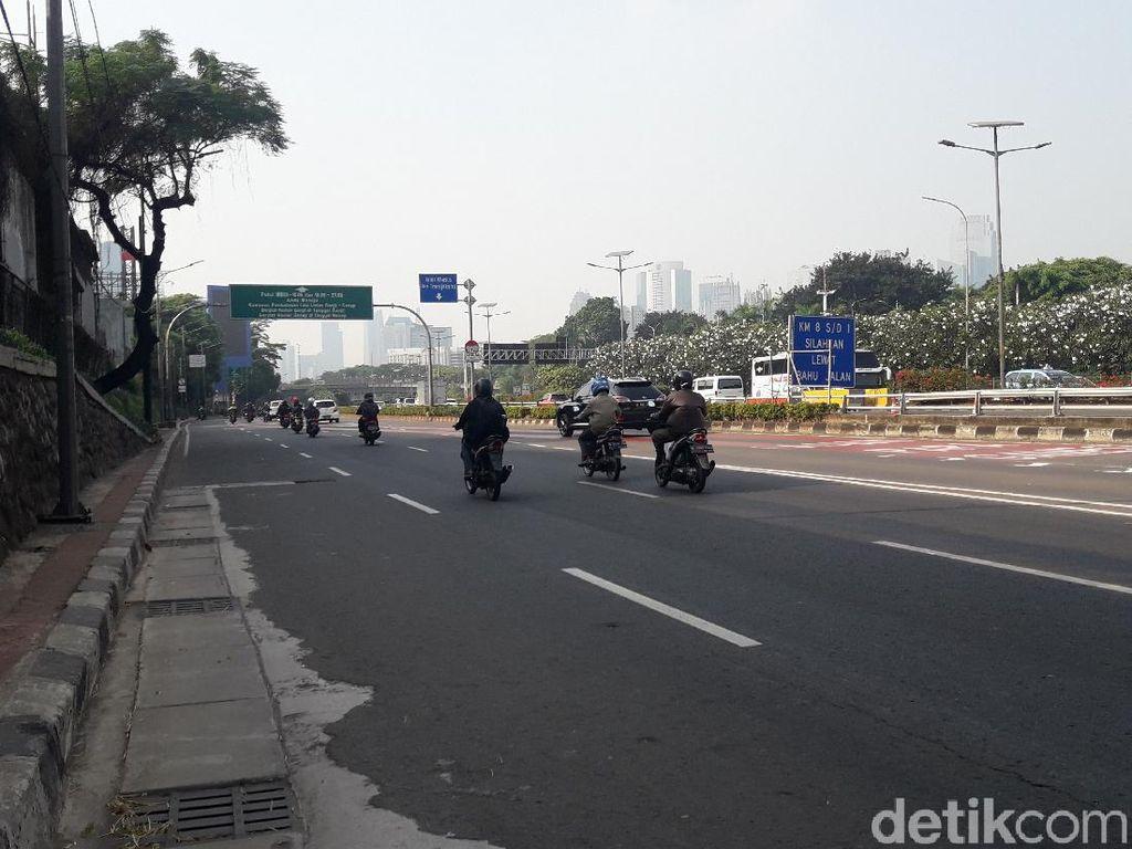 Ganjil Genap Mulai Berlaku, Lalin di Jalan Mampang-Gatsu-Slipi Lengang