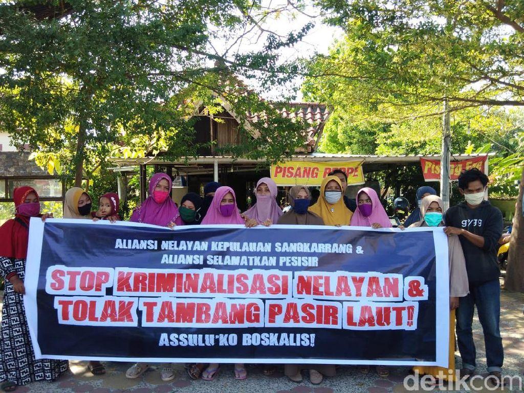 Sobek Amplop Penambang Pasir, Nelayan Makassar: Kami Tak Niat Robek Uang