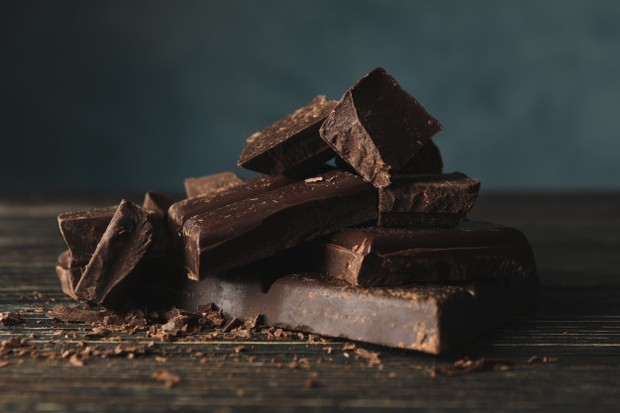 Sebuah penelitian mengklaim bahan kimia dalam cokelat bisa meningkatkan suasana hati.